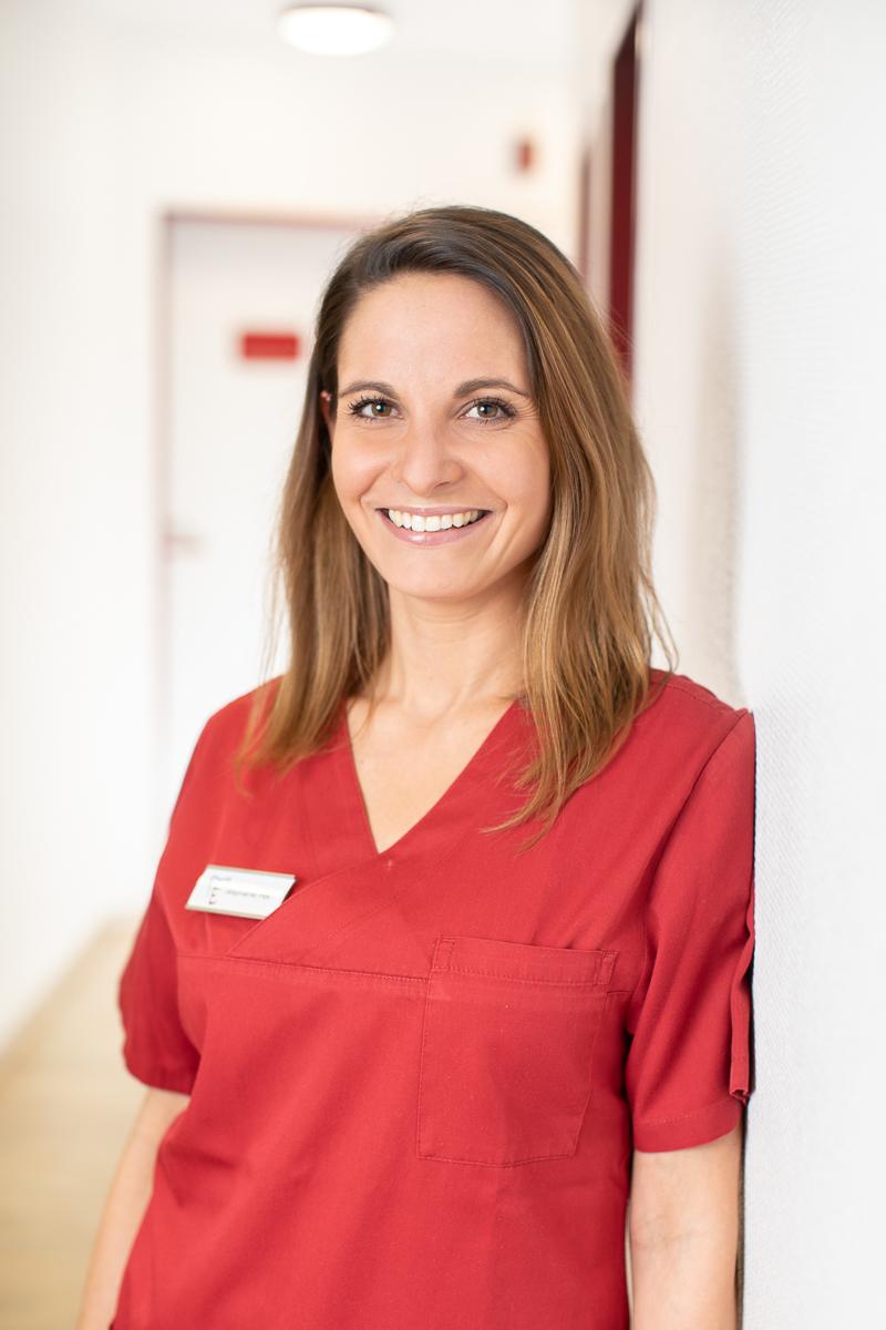 Stephanie Pes Zahnmedizinische Fachangestellte